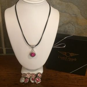 Black leather necklace/pink interchangeable snaps